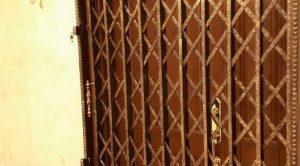 عکس حفاظ ضد سرقت درب آپارتمان و خانه